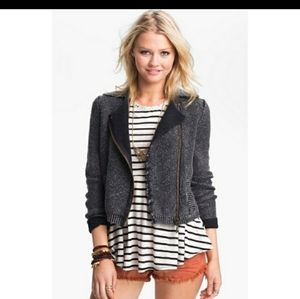 FREE PEOPLE HEATHERED GRAY MOTO SWEATER
